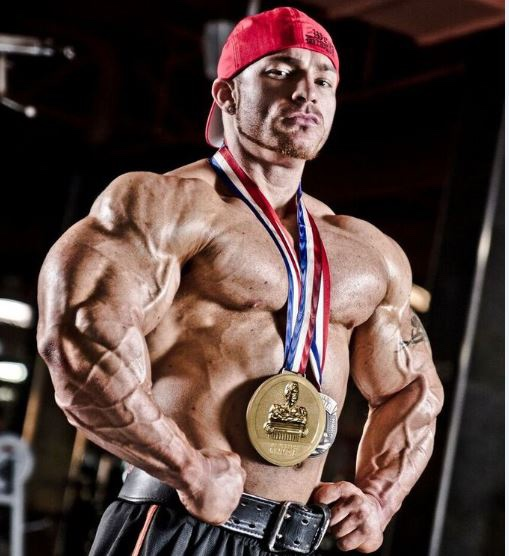 "Monday Night Muscle: 7X 212 Olympia Winner, James ""Flex"" Lewis Returns!"